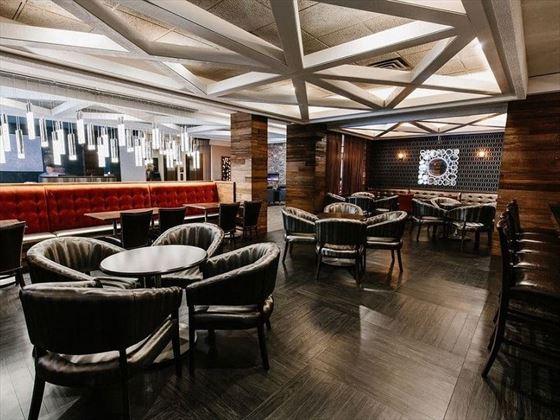 Elk + Avenue Hotel RG's Lounge