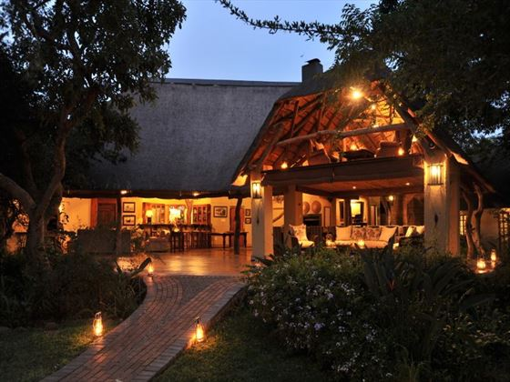 Exterior view of Savanna Lodge at night
