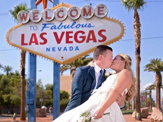 Weddings Vegas style !