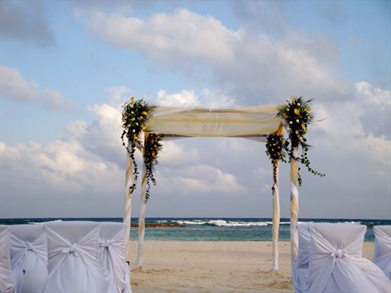 Beautiful beach weddings at Grand Velas Riviera Maya
