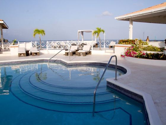 Grenadian by Rex Resorts pool