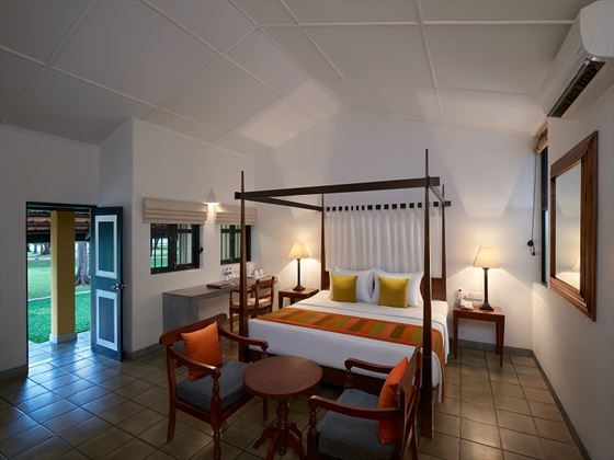 Habarana Village by Cinnamon, Deluxe Room
