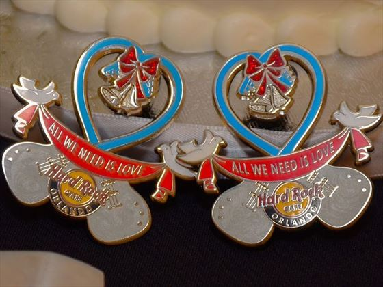 Your exclusive Hard Rock wedding pins