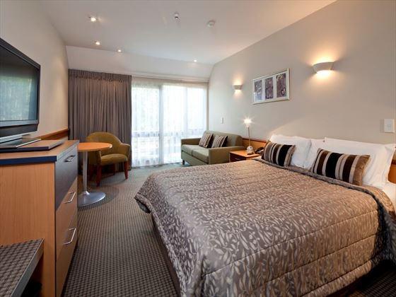 Heritage Dunedin Leisure Lodge Queen Room