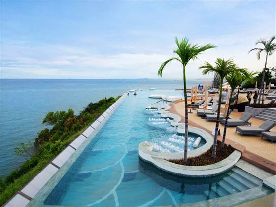 Inifni pool at Royal Cliff Hotels Group
