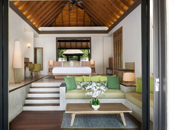 JA Manafaru Beach Bungalow bedroom