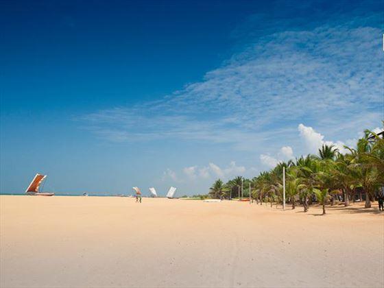Jetwing Blue beach