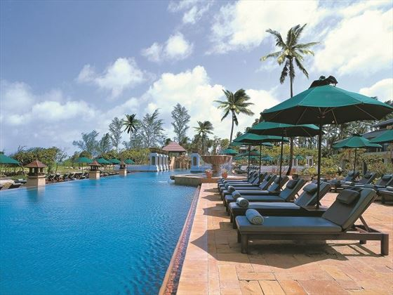 JW Marriott Phuket swimming pool