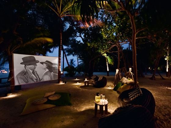 Cinema on the beach at Kanuhura