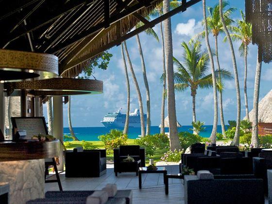 Kia Ora Resort, lobby