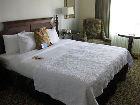 Hilton Savannah Desoto King Room