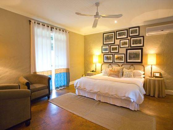 Kirkmans Kamp bedroom