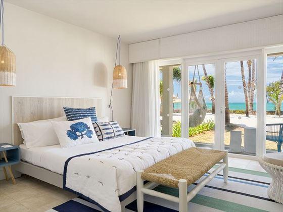 Couple Seafront Room at Lagoon Attitude