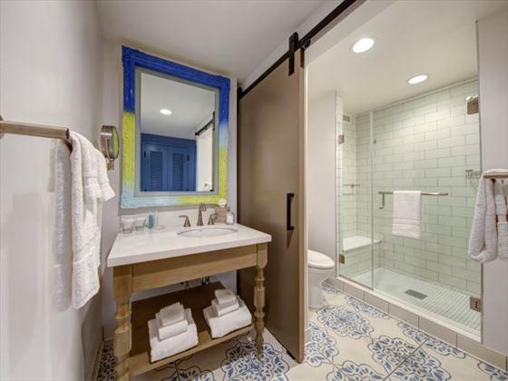 Loews Sapphire Falls bathroom