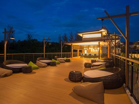 Mai Khao Lak Beach Resort & Spa Music & Wine Bar