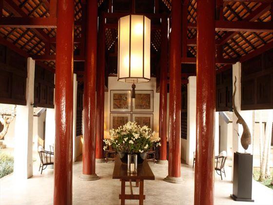 Main lounge at Rachamankha
