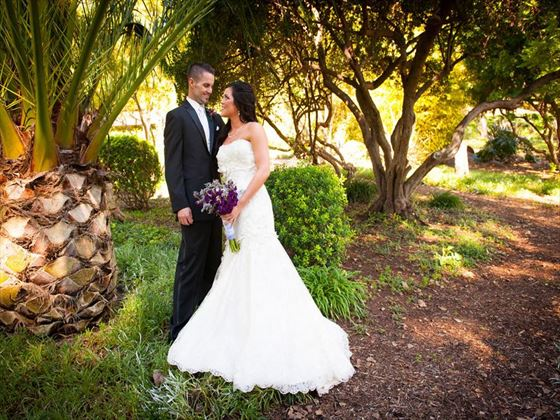 Bride & Groom in the grounds of Melrose Ranch