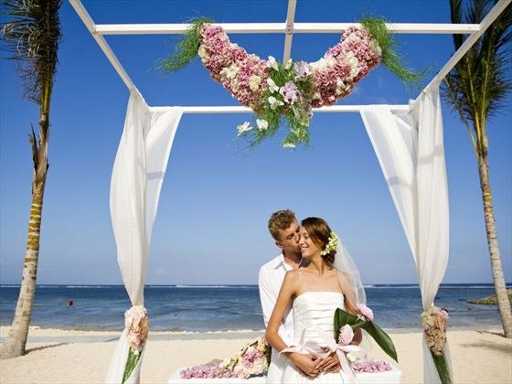 Beach wedding at Mulia Resort