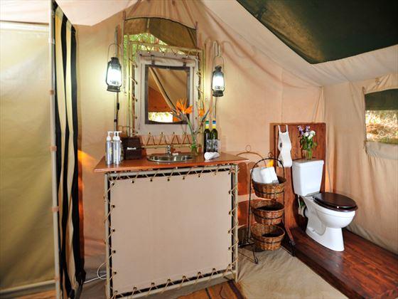 Nairobi Tented Camp bathroom
