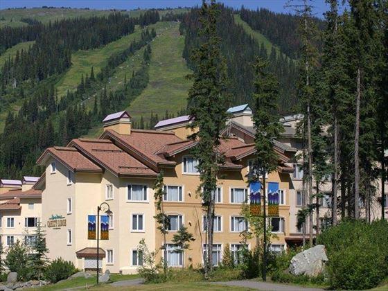 Nancy Greenes Chilty Hotel & Suites