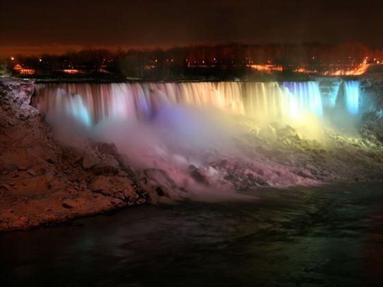 Niagara Lake at night