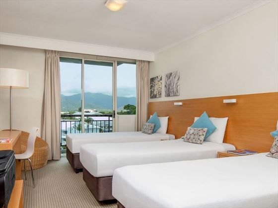 Novotel Cairns Oasis Resort bedroom