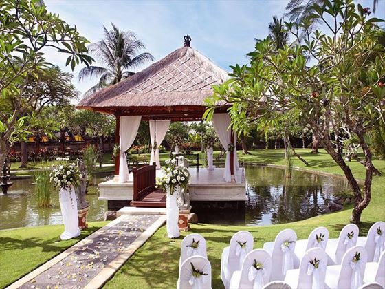 Gorgeous wedding setting at Balinese procession