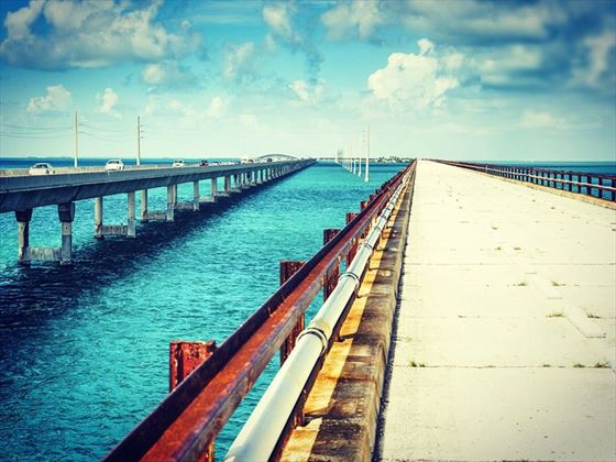 Old and new, Seven Mile Bridge