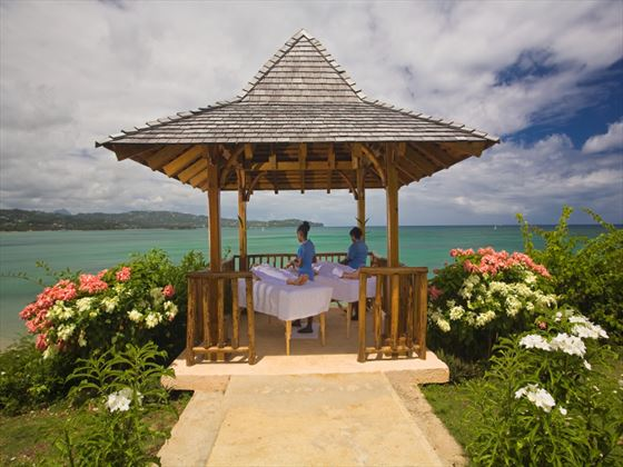 Outdoor massage treatment at Calabash Cove