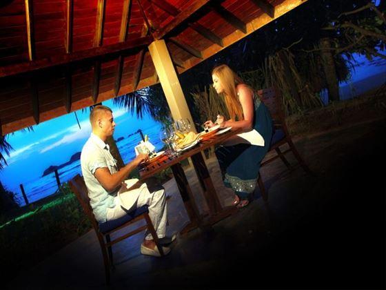 Outside dining at Chaaya Tranz Hikkaduwa
