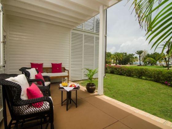 Suite patio