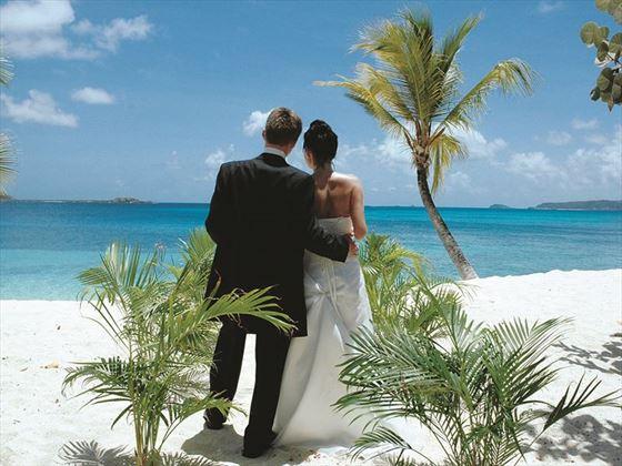 Beautiful island weddings, Palm Island