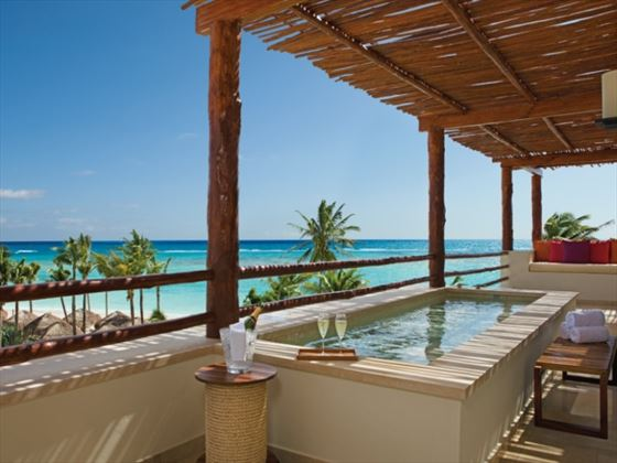 Presidential Suite plunge pool