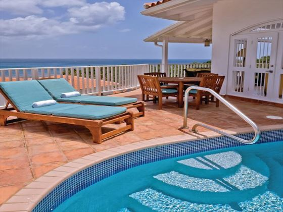 Private plunge pool at Windjammer Landing