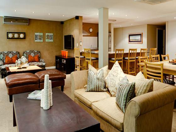 Protea Hotel Knysna Quay lounge