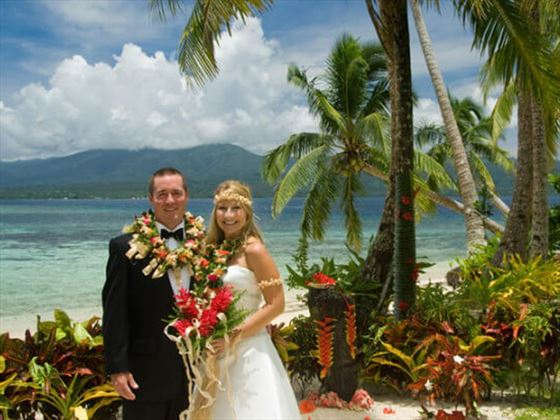 Bride & Groom at the Qamea Resort & Spa