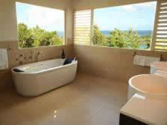 A bathroom at Villa Nicobar