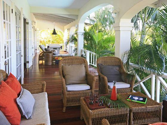 Veranda seating and dining area