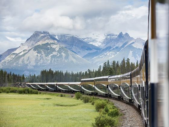 Rocky Mountaineer travelling along the First Passage to the West
