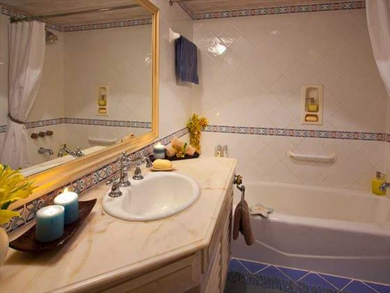 Sandals Halcyon Beach St Lucia Grande Luxury Oceanview bathroom