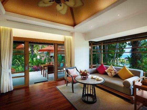 Garden Villa lounge area