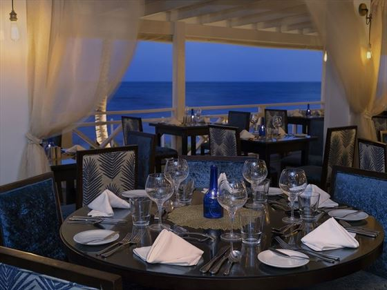 Sea Breeze Beach House, Cerulean Restaurant