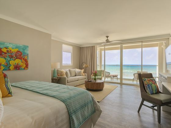 Sea Breeze Beach House, Luxury Oceanfront Junior Suite