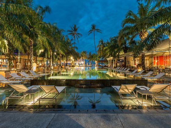 Segara Village Resort - Beach Pool