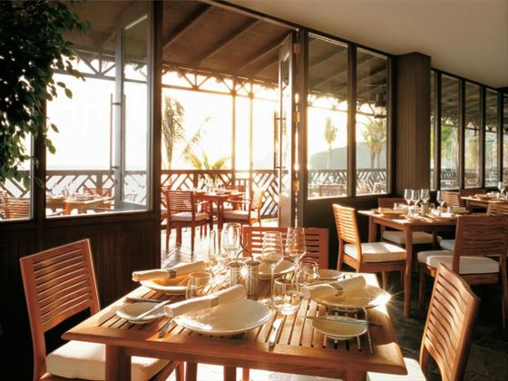 Shangri-La Barr Al Jissah Resort & Spa Bait Al Bahr restaurant
