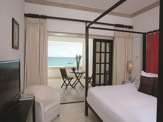 Silverpoint Hotel Ocean Front Studio