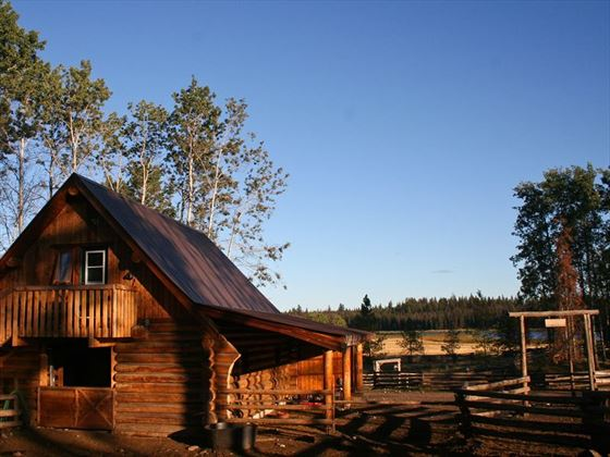 Siwash Lake Wilderness Resort, Cariboo Suite exterior