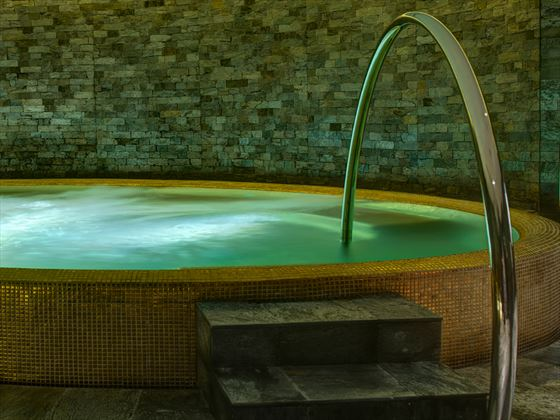 Spa Jacuzzi at Park Hyatt Abu Dhabi Hotel & Villas