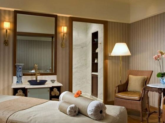Raffles Spa Treatment Room