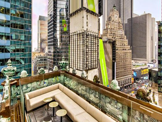 St CLoud rooftop bar, Times Square